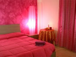 Bed-Breakfast-MessinaBreak-Camera-Fucsia-C4